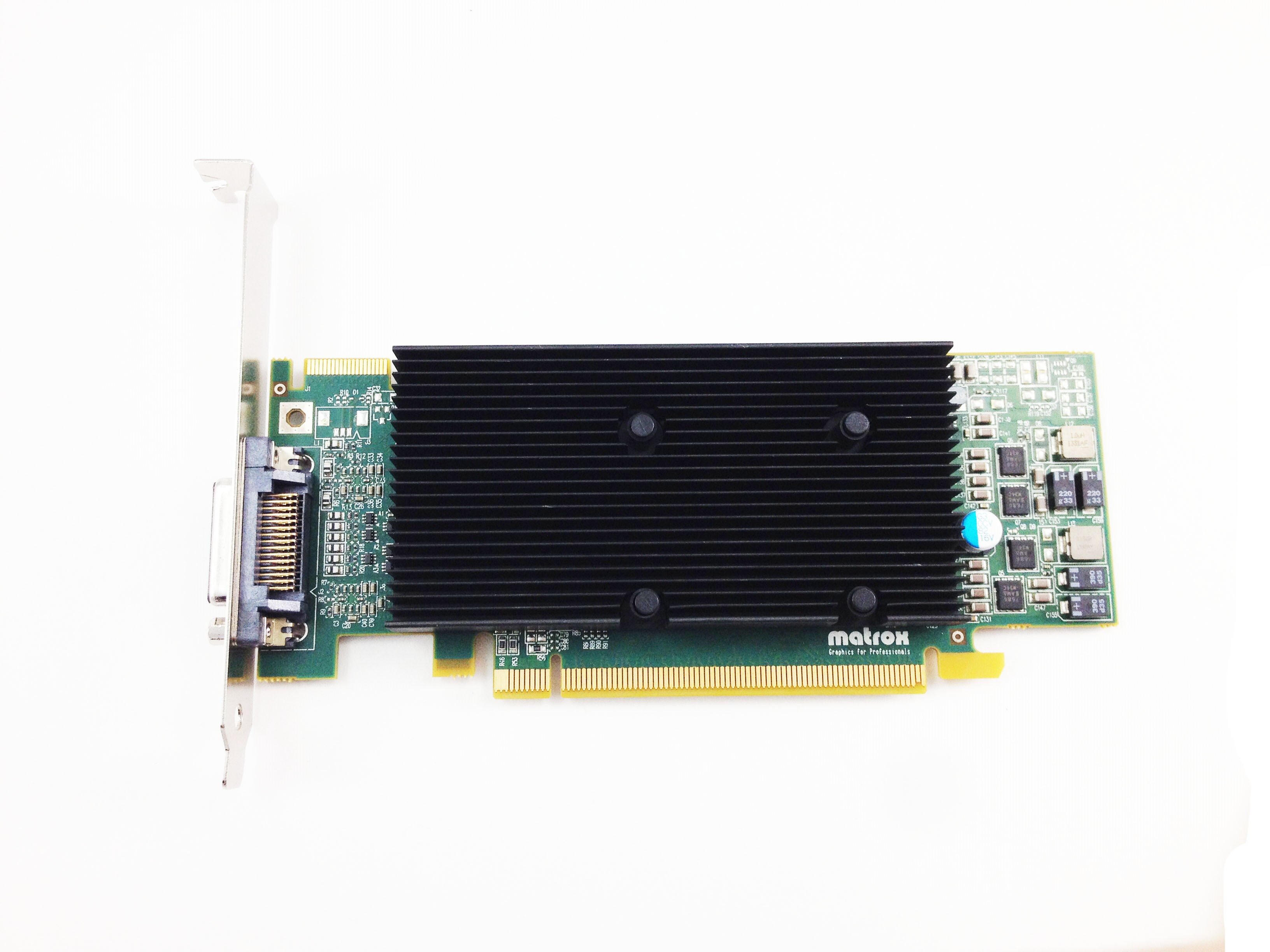 Matrox M9120 Plus Lp PCI-E X16 512MB DDR2 Video Card (M9120-E512LPUF)