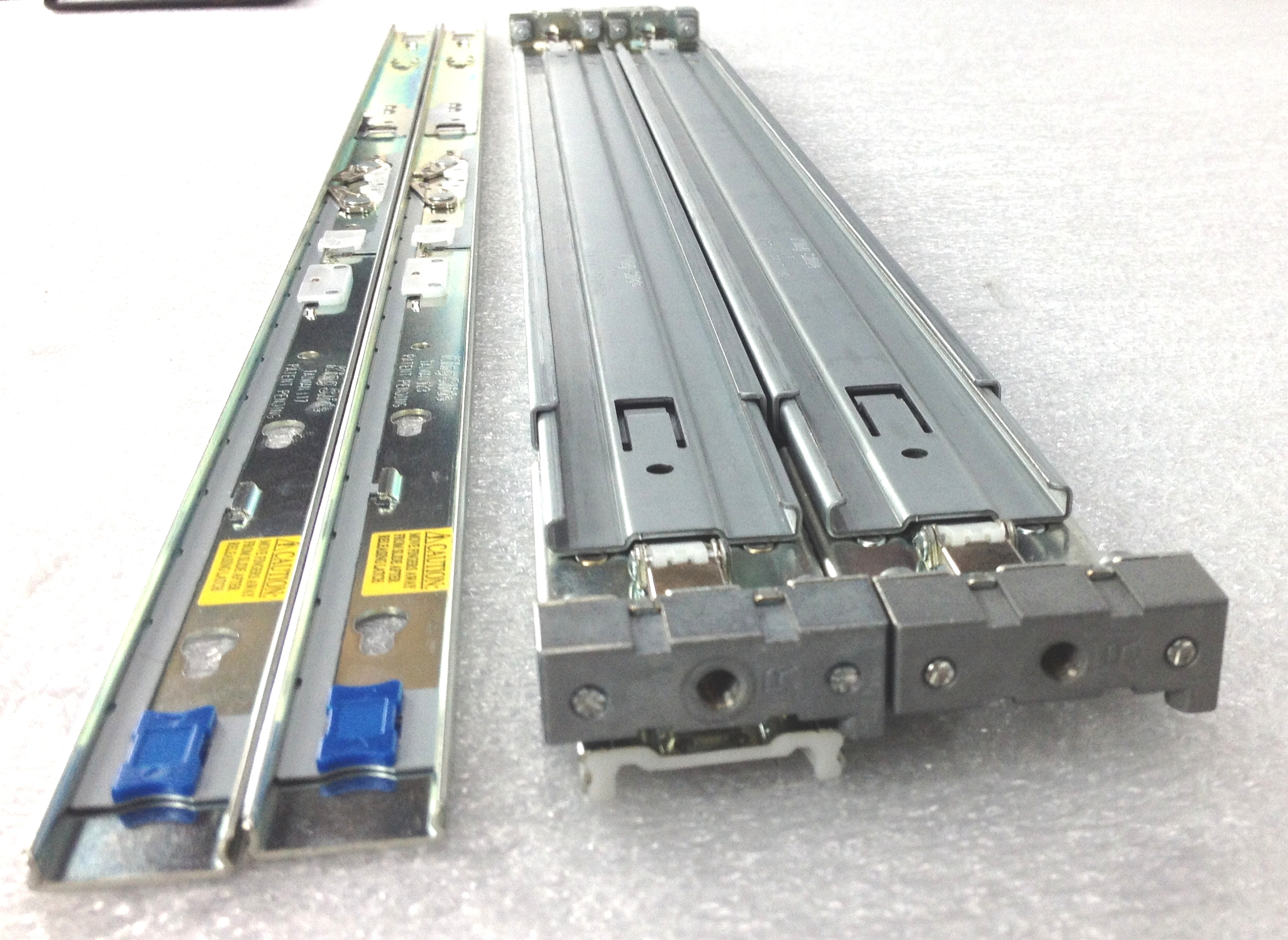 Cisco UCS C200 M2 C210 M2 1U Server Rail Kit (R2XX-G31032RAIL)